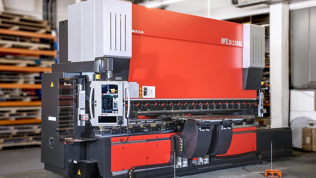 Amada Hebevorrichtung Abkanten - alpin production GmbH & Co Vertriebs KG - Untergriesbach